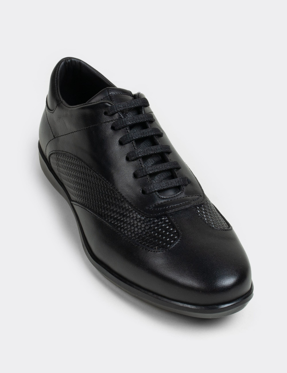 Hakiki Deri Siyah Günlük Erkek Ayakkabı - 01686MSYHC01