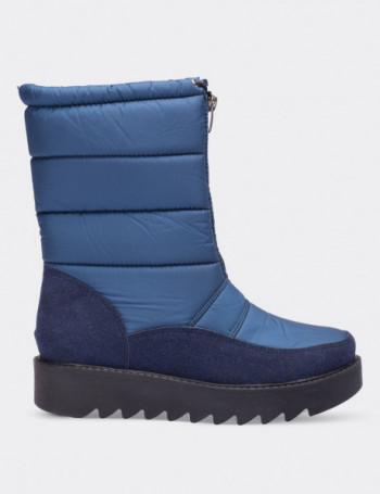 Mavi Kadın Kar Botu