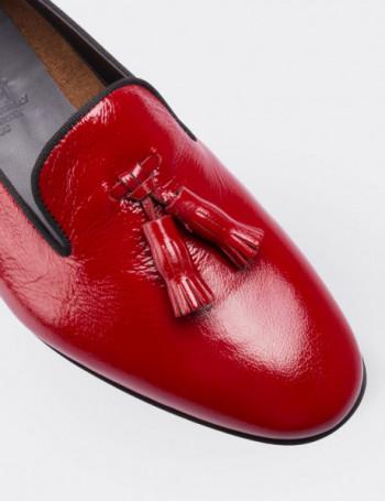 Hakiki Deri Kırmızı Püsküllü Kadın Loafer