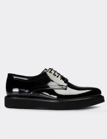 Siyah Rugan Günlük Kadın Ayakkabı
