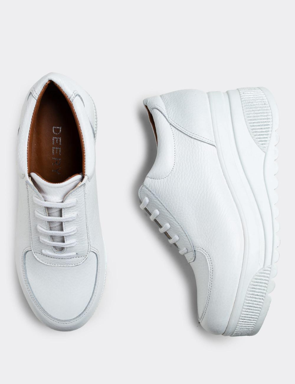 Hakiki Deri Beyaz Kadın Sneaker - E2121ZBYZP01