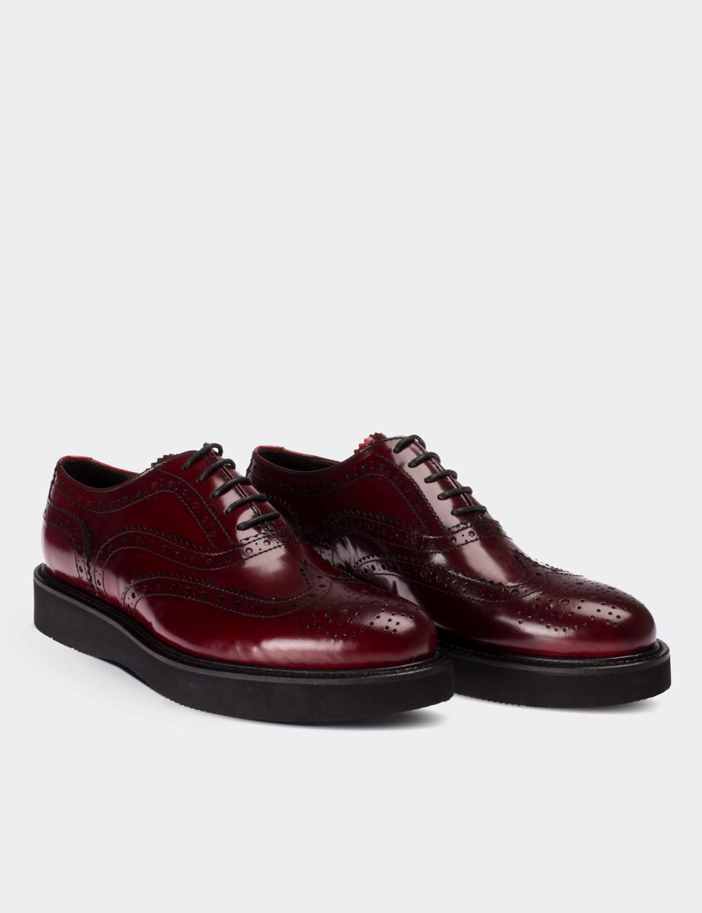 f7ad8dc65d6fb Hakiki Deri Koyu Kırmızı Finisajlı Oxford Kadın Ayakkabı - 01418ZBRDE01