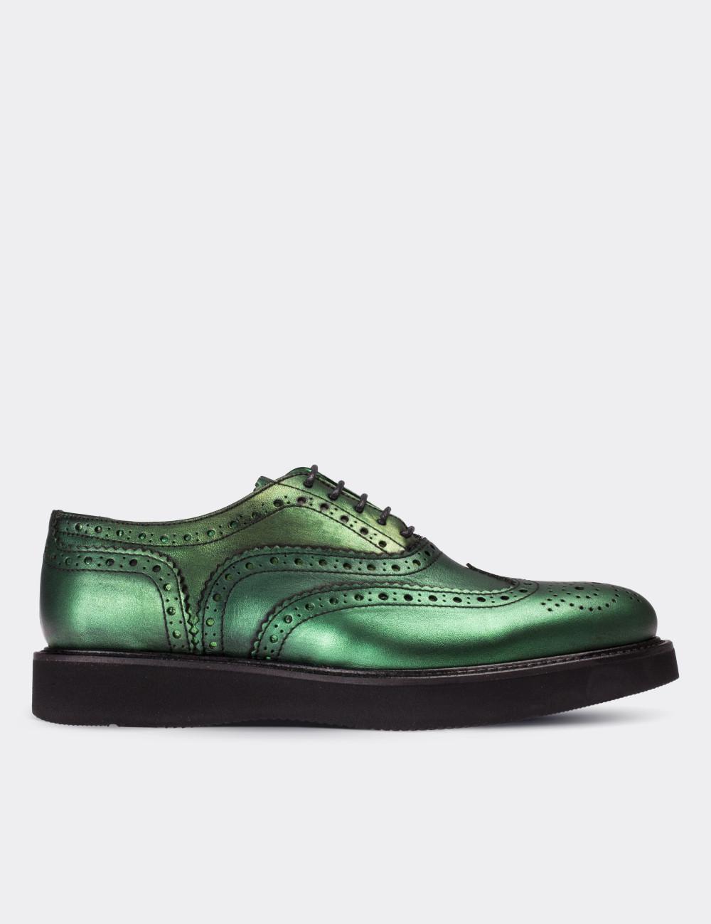 07b44f3fab02c Hakiki Deri Yeşil Finisajlı Oxford Kadın Ayakkabı - 01418ZYSLE02