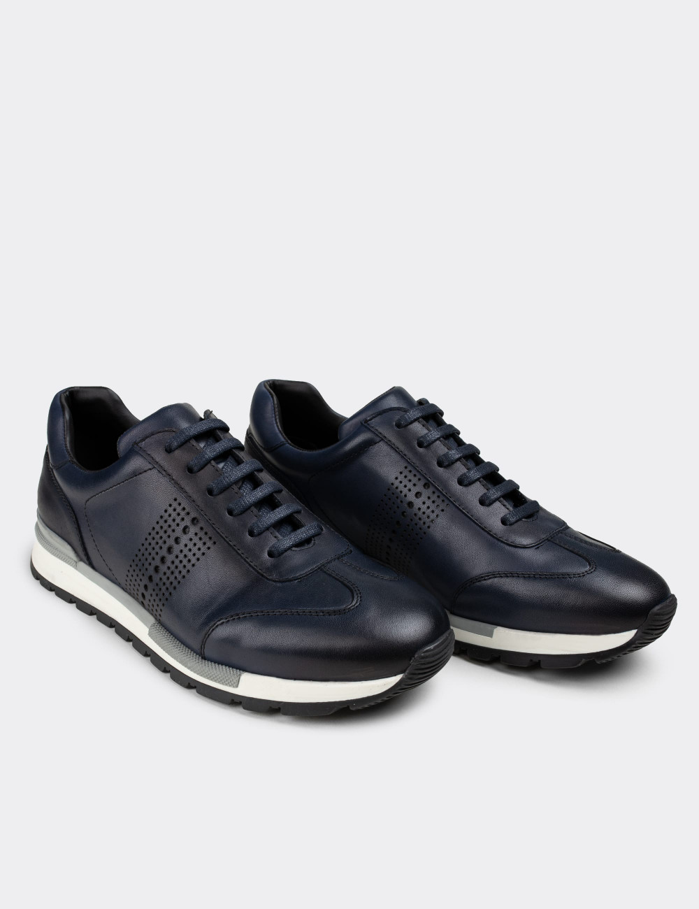 Hakiki Deri Lacivert Sneaker Erkek Ayakkabı - 01738MLCVT02