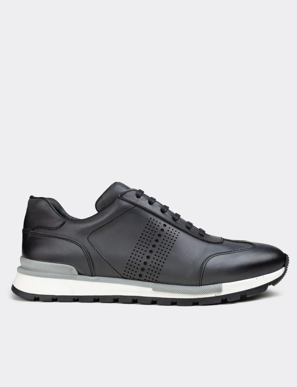 Hakiki Deri Gri Sneaker Erkek Ayakkabı - 01738MGRIT01