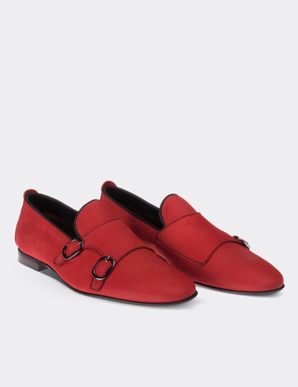 Hakiki Nubuk Çift Tokalı Kırmızı Kadın Loafer - 01611ZKRMM02