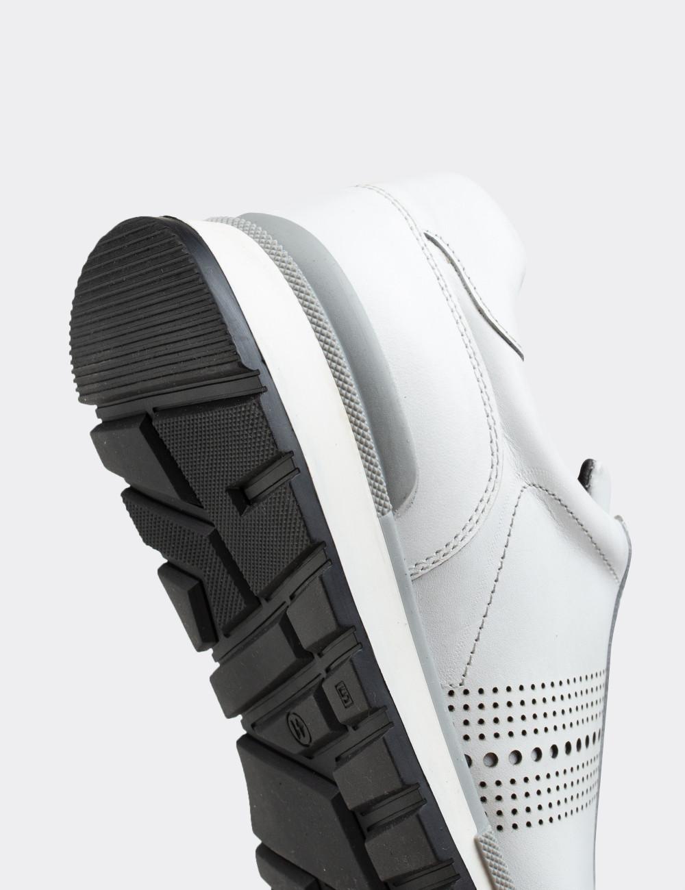 Hakiki Deri Beyaz Sneaker Erkek Ayakkabı - 01738MBYZT01