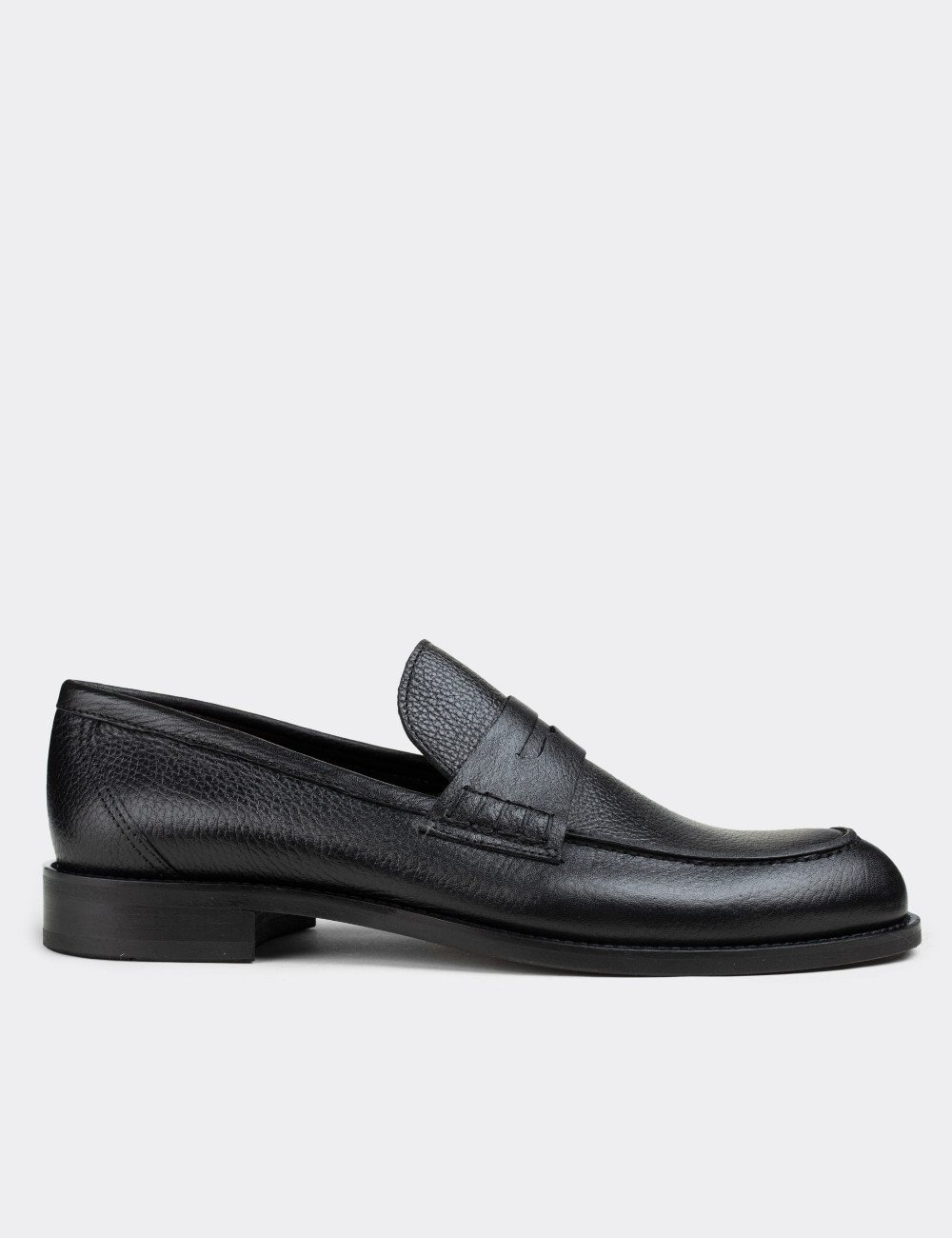 Hakiki Deri Siyah Loafer Erkek Ayakkabı - 01538MSYHN07