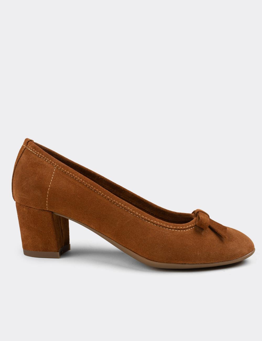 Hakiki Süet Taba Rengi Günlük Kadın Ayakkabı - E1471ZTBAC01
