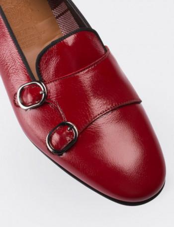 Hakiki Rugan Çift Tokalı Kırmızı Kadın Loafer