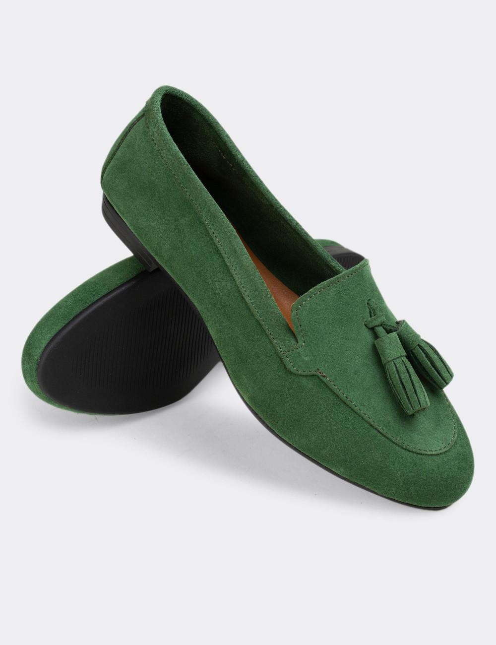 Hakiki Süet Yeşil Püsküllü Kadın Babet - E3209ZYSLC05