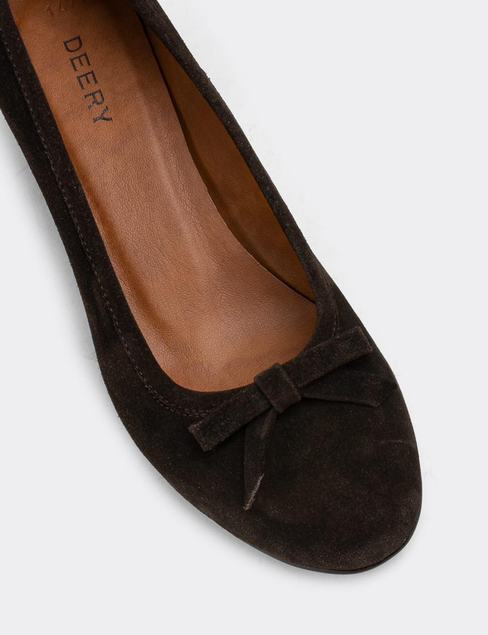Hakiki Süet Kahverengi Günlük Kadın Ayakkabı - E1471ZKHVC01