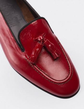Hakiki Rugan Püsküllü Kırmızı Kadın Loafer