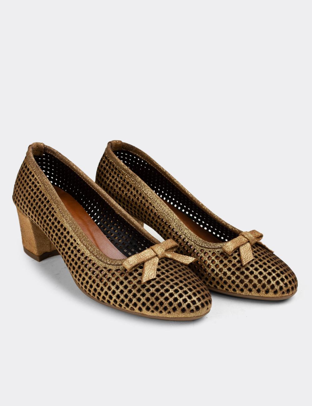Hakiki Deri Altın Rengi Lazer Kesim Günlük Kadın Ayakkabı - E1471ZALTC01