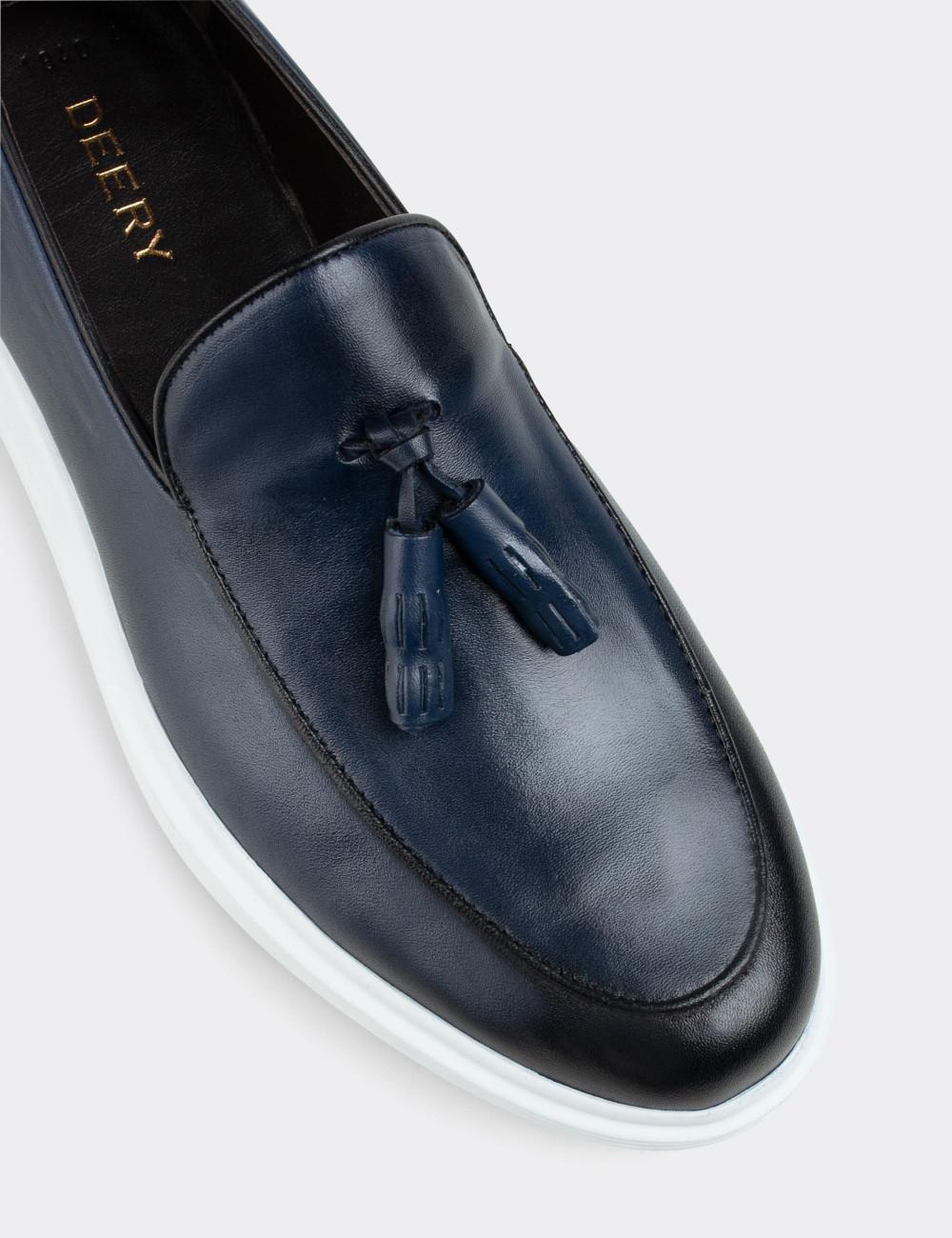 Hakiki Deri Mavi Püsküllü Comfort Erkek Loafer - 01840MMVIP01