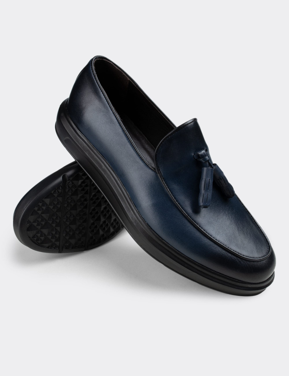Hakiki Deri Mavi Püsküllü Comfort Erkek Loafer - 01840MMVIP02