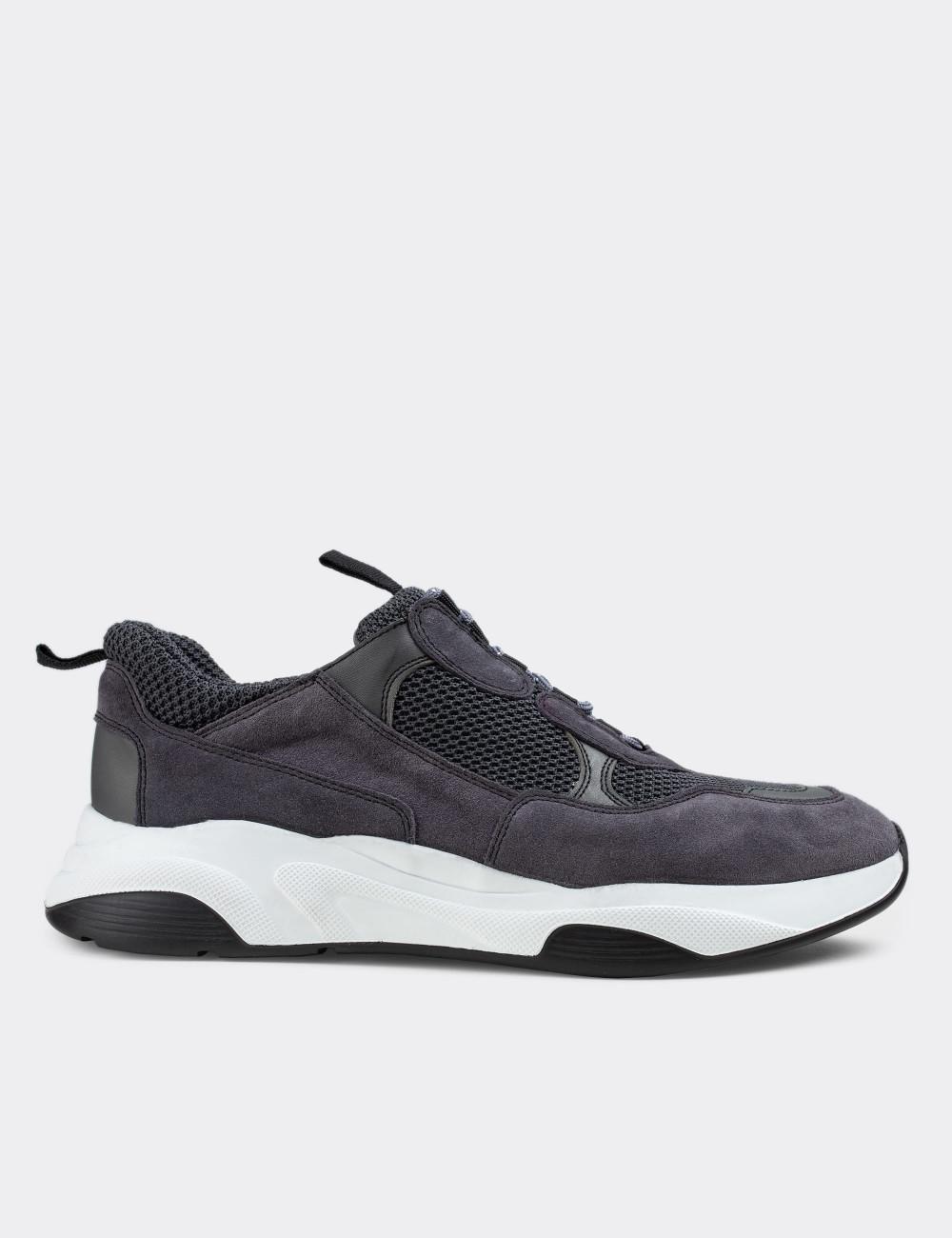 Hakiki Süet Gri Sneaker Erkek Ayakkabı - 01724MGRIE02