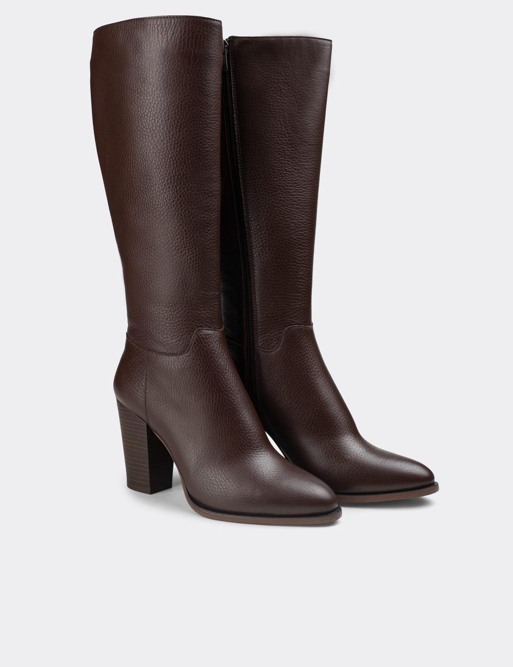Hakiki Deri Kahverengi Kadın Çizme - E4411ZKHVC02