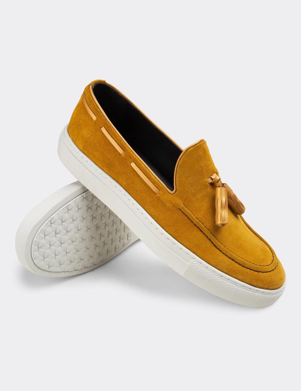Hakiki Süet Sarı Püsküllü Spor Erkek Loafer - 01836MSRIC01