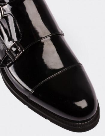Hakiki Rugan Siyah Çift Tokalı Erkek Ayakkabı