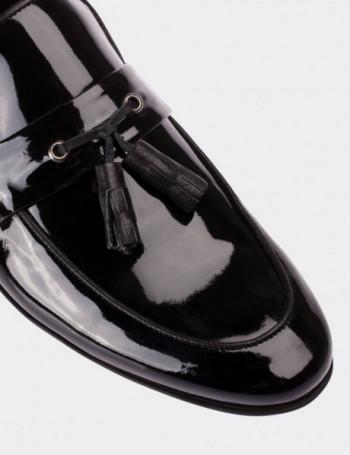 Hakiki Rugan Siyah Püsküllü Loafer Erkek