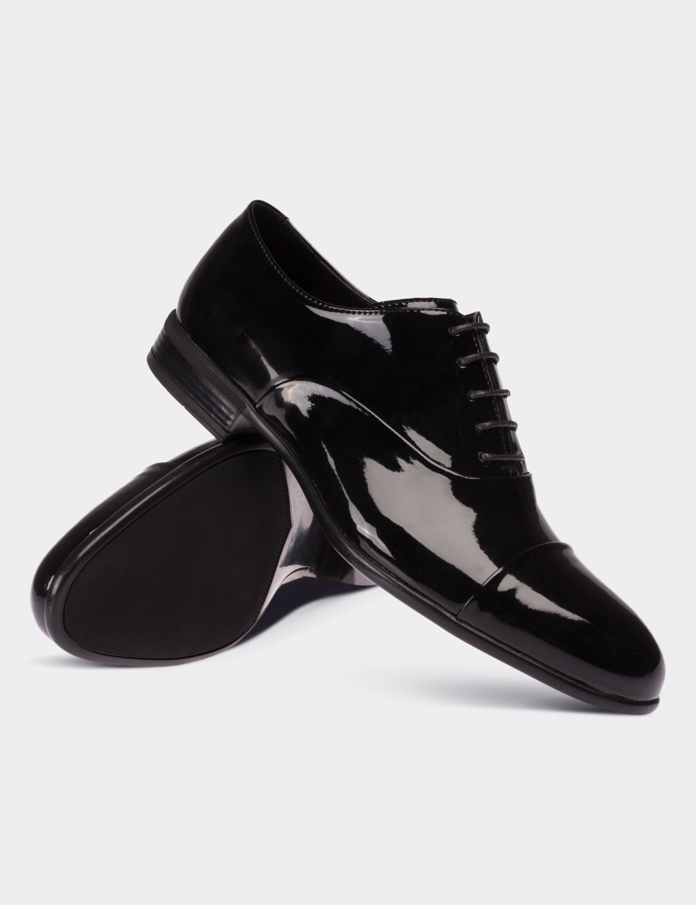 ef75742b1f80f Siyah Rugan Klasik Erkek Ayakkabı - 01026MSYHC01