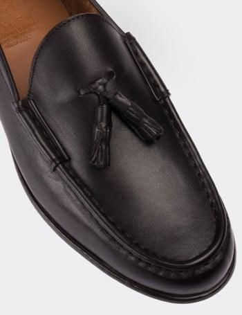 Hakiki Deri Püsküllü Siyah Loafer Erkek Ayakkabı