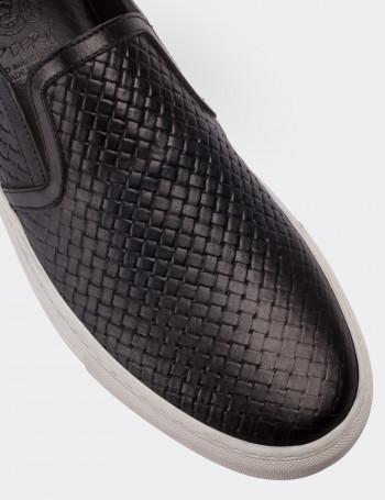 Hakiki Deri Lacivert Bağcıksız Sneaker Erkek Ayakkabı