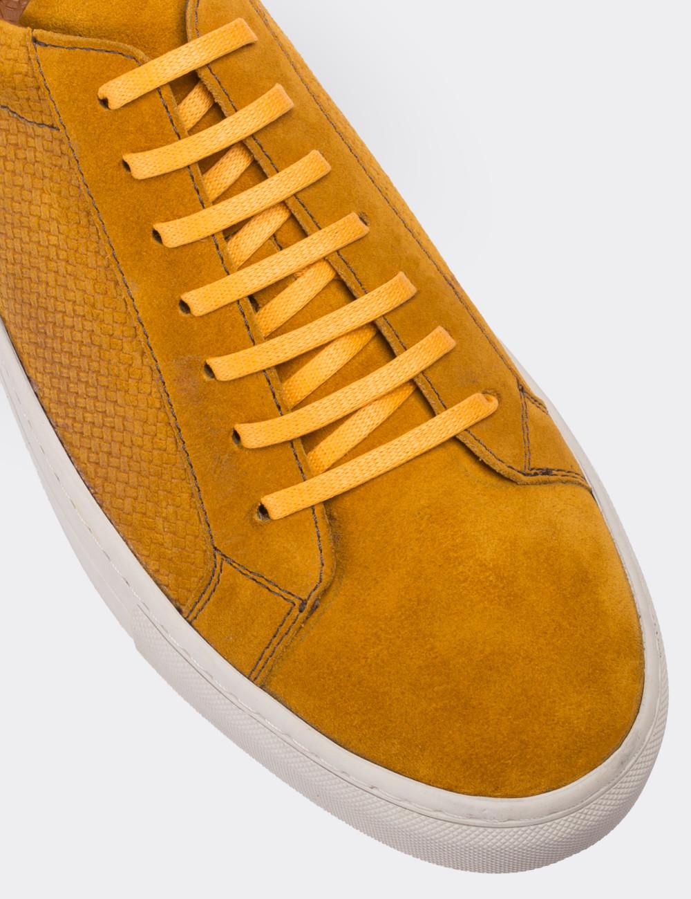 Hakiki Süet Sarı Sneaker Erkek Ayakkabı - 01681MSRIC01