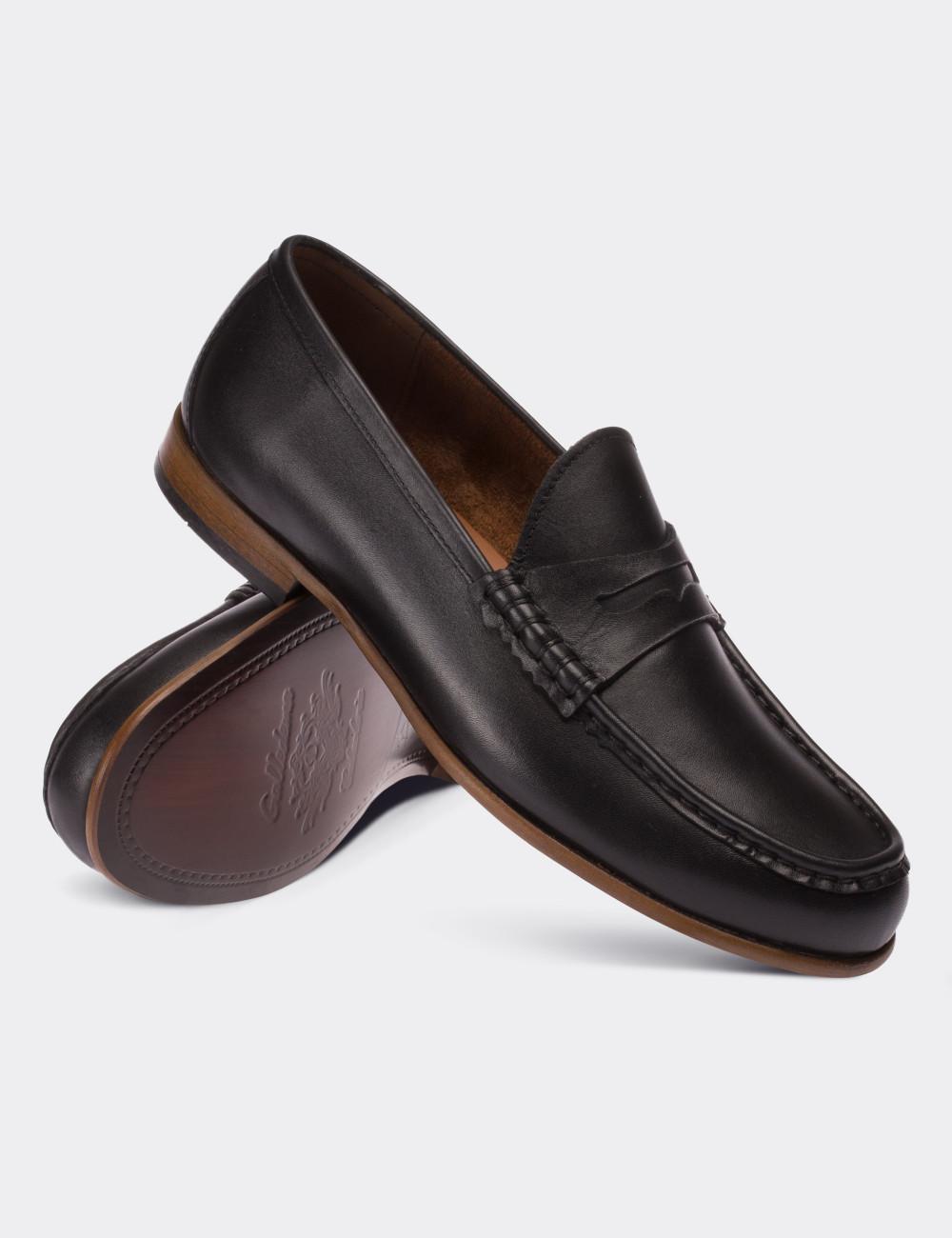 Hakiki Deri Siyah Loafer Erkek Ayakkabı - 01510MSYHM02