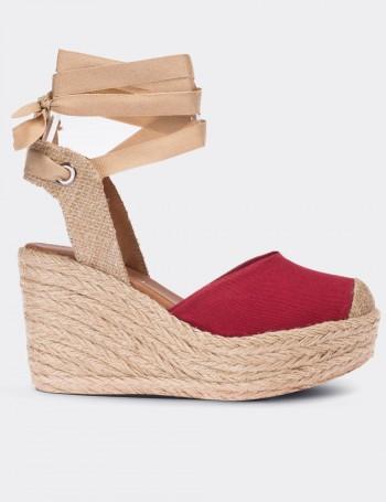 Kırmızı Hasırlı Keten Kadın Ayakkabı