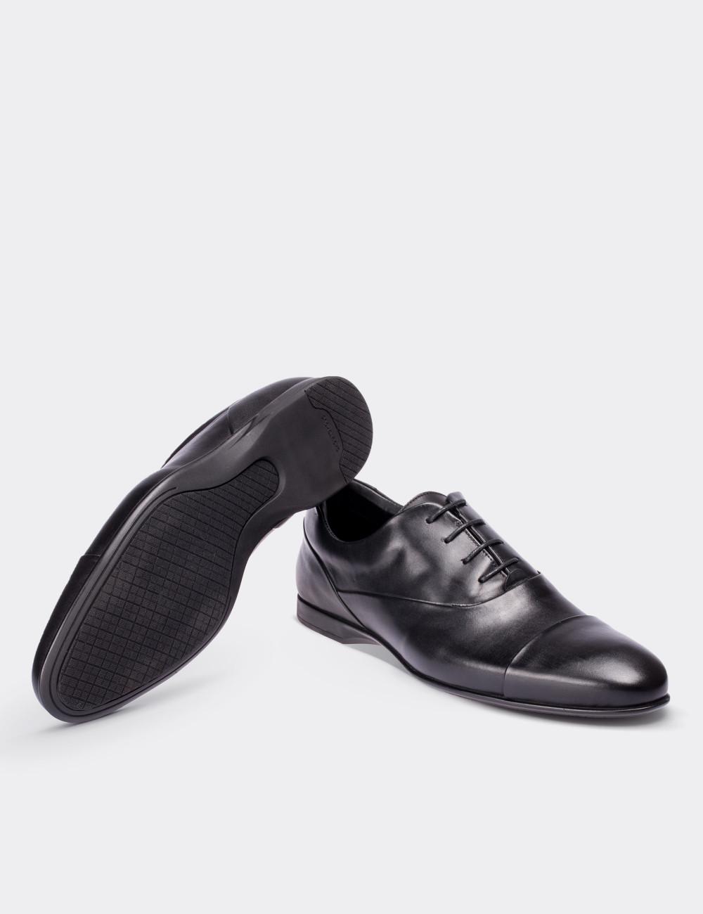 Hakiki Deri Siyah Klasik Erkek Ayakkabı - 01519MSYHC01