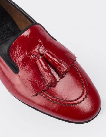 Hakiki Deri Püsküllü Kırmızı Kadın Ayakkabı