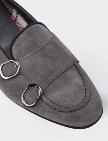 Hakiki Süet Çift Tokalı Gri Kadın Ayakkabı